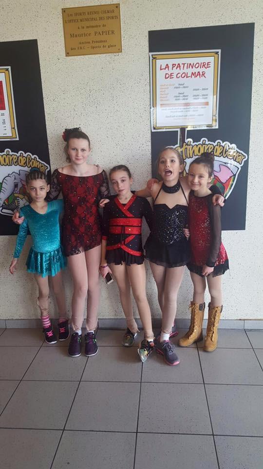Division 3 : Ambreen, Myriam, Laura, Bérénice, Leyla